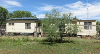 19 Powerhouse Road, Cloncurry