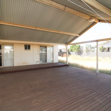 9 HARVEY SUTTON CRESCENT, CLONCURRY