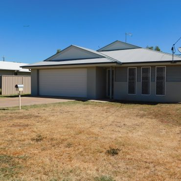 6 Harvey Sutton Crescent, Cloncurry