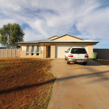 5 Riverbank Place, Cloncurry